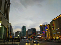 明月城市夜