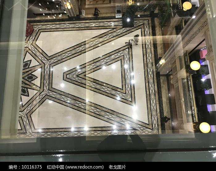 透明楼板横构图图片