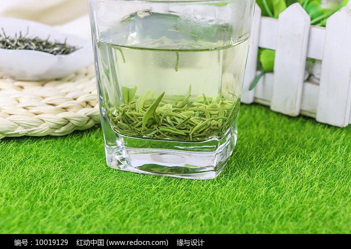 春茶绿茶图片