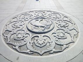 花岗岩地面浮雕拼花铺装