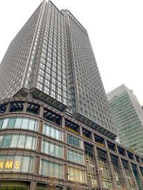 日本东京站现代高楼摄影