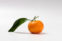 带叶子的砂糖橘