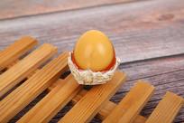 屹立不倒的鸡蛋变蛋