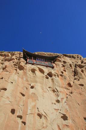 崖壁寺庙千佛洞
