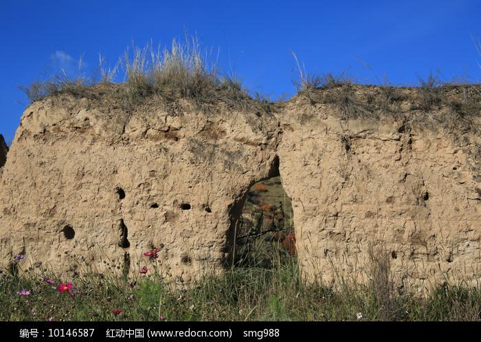 夯土长城遗址图片