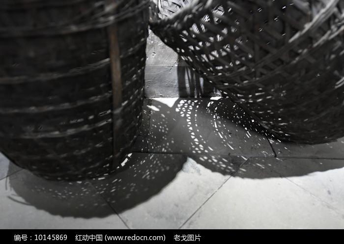 竹篓投影图片