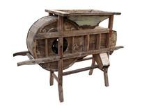中国传统农具风谷机白背景图片