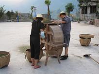 农村专业合作社对花椒初加工