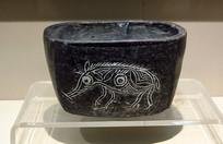 新石器时代猪纹陶钵