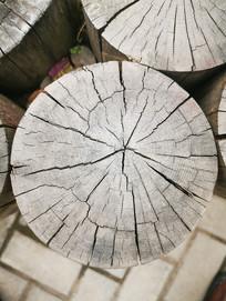 开裂的木头
