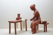 织女织布雕塑