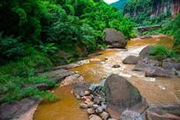 赤水丹霞溪流