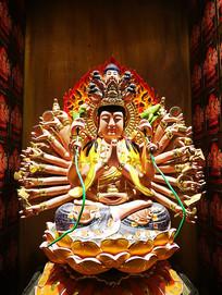 千手观音菩萨塑像