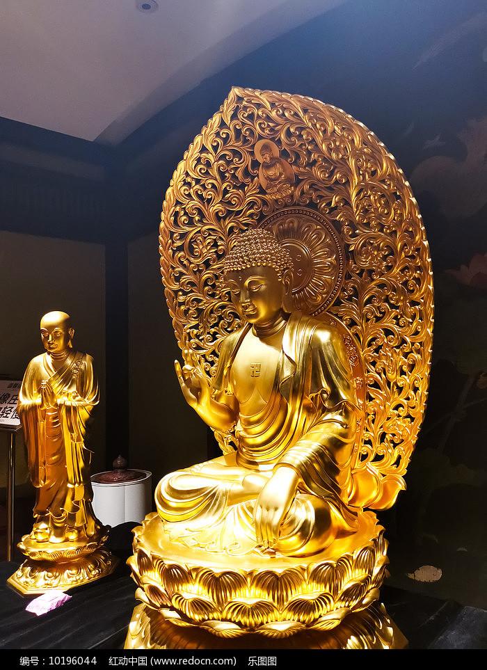 释迦牟尼佛金身塑像图片