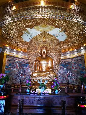 释迦牟尼佛金身塑像