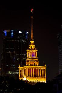 上海展览中心镏金钢塔夜景