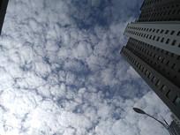 变化的云彩图片