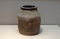 汉代原始瓷水井模型