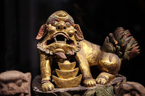 木雕元宝狮