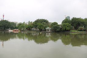 茂名新湖公园好心湖