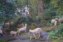 电影《鸡毛信》《海娃放羊》雕像
