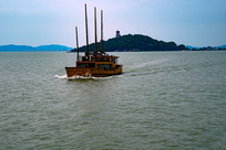 太湖观光游船
