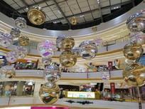 购物中心中庭布景