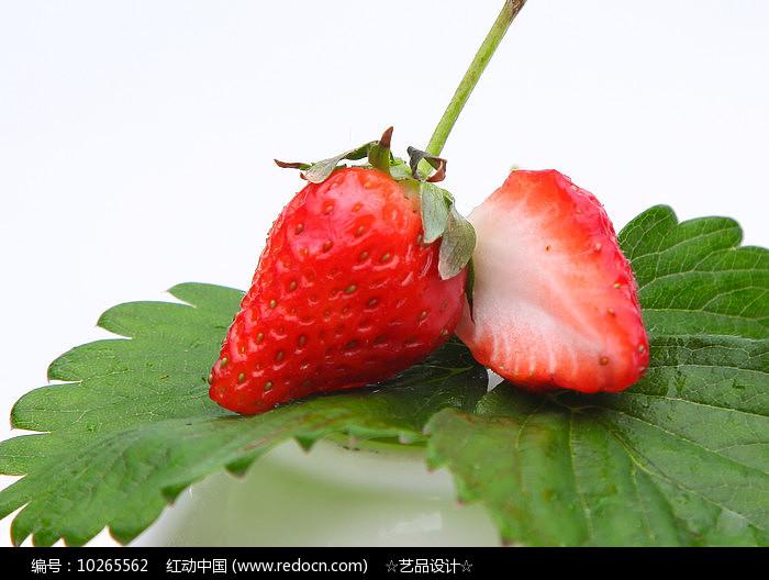 多种鲜草莓图片