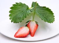 红色大鲜草莓