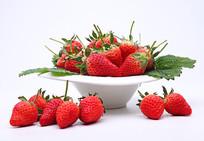 碗中的草莓
