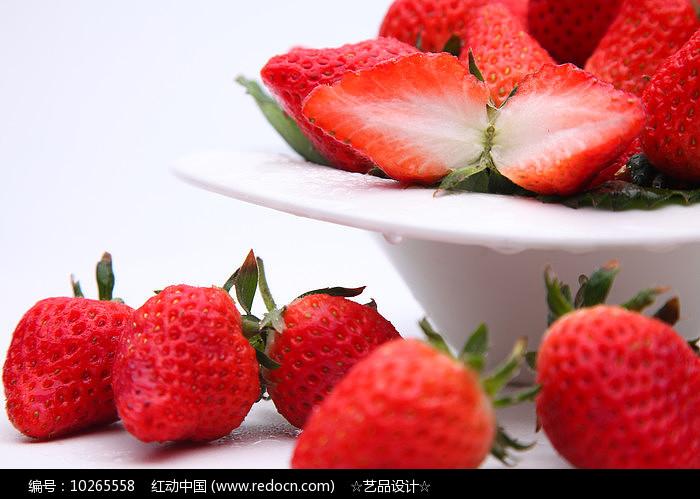 鲜嫩草莓图片