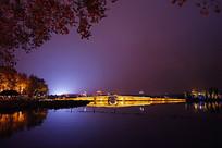 西湖断桥灯光夜景