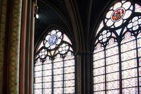 法国巴黎圣母院窗户