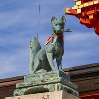 伏见稻荷大社狐狸神雕塑