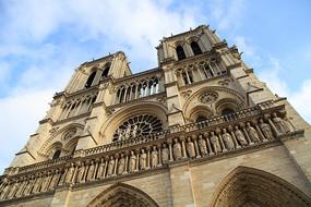 哥特式建筑巴黎圣母院