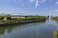 日本大阪城大厅和护城河