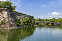日本大阪城内护城河与极乐桥