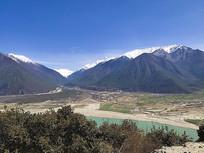 林芝河流雪山风景