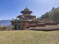 西藏林芝寺庙