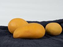 黄色芒果摄影图