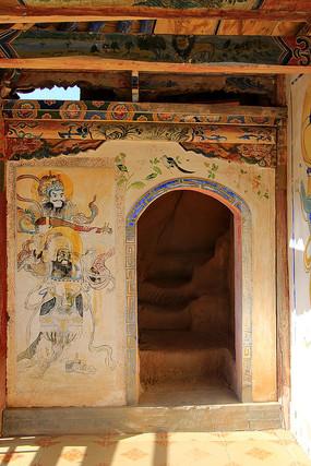 马蹄寺寺庙内景