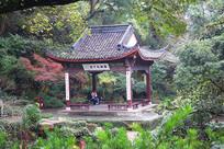 """西湖中山公园""""西湖天下景""""亭"""