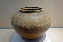 東漢越窯褐釉印紋罐