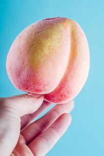 圆润的红桃道具