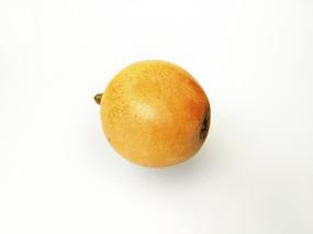 一颗黄枇杷
