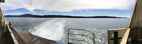 布鲁尼岛船舷看海