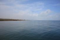回望青海湖岸