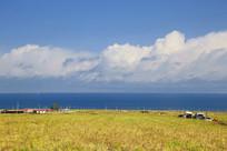 蓝天白云青海湖美景