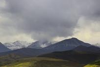 祁连山雪山