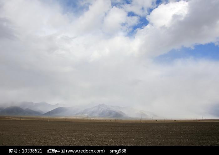 青藏高原农田图片